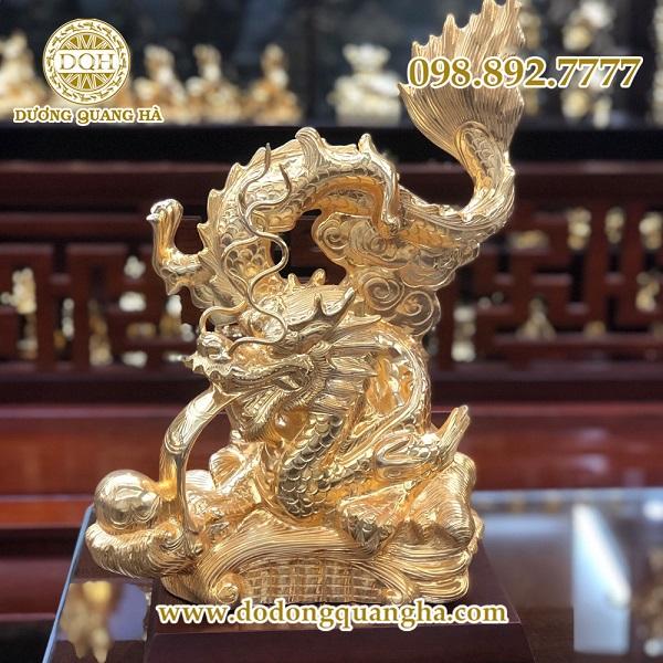 Rồng đứng thứ 5 trong thuyết 12 con giáp và theo truyền thuyết xa xưa Rồng là linh vật thiêng liêng và được xem là thú tốt lành