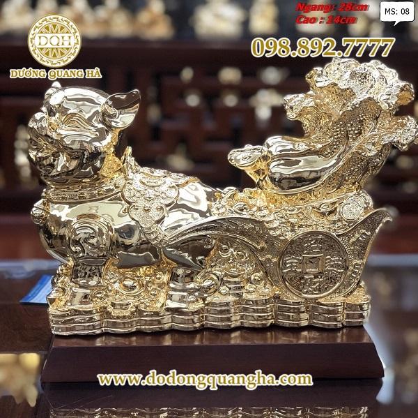 Đặt tượng heo bằng đồng mạ vàng ở hướng Nam Tây Nam hoặc hướng Đông sẽ giúp đem lại thành công và may mắn