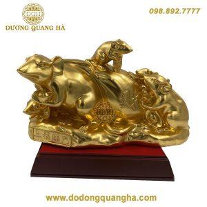 Tượng Chuột kéo bị dát vàng 9999