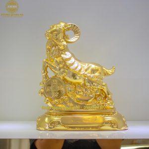 Tượng đồng Dê ôm tiền dát vàng 9999