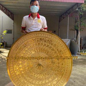 Mặt trống đồng đường kính 90cm dát vàng 9999