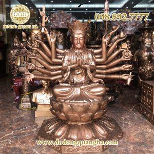 Tượng Phật Chuẩn Đề bằng đồng