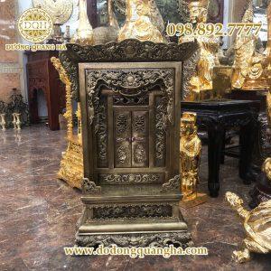 Khám thờ bằng đồng