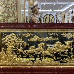 Tranh đồng Bát Mã mạ vàng 24k