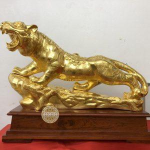 Tượng Hổ bằng đồng dát vàng 9999