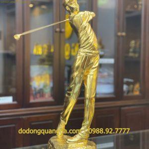 Tượng người chơi Golf dát vàng 9999