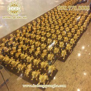 Hoàn thiện 1000 linh vật tỳ hưu làm quà tặng