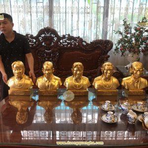 5 pho tượng Truyền Thần dát vàng 9999 đã bàn giao cho khách